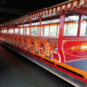無人のウエスタンリバー鉄道